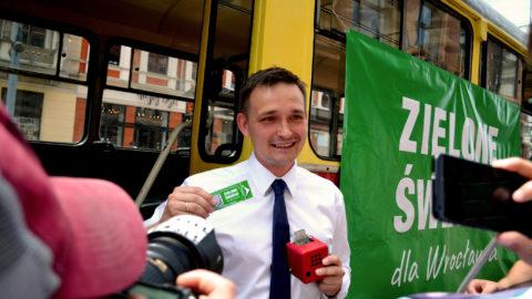 Jaros: transport w centrum Wrocławia może być bezpłatny